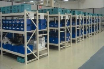 kệ-công-nghiệp-hạng-nhẹ-KHN0001