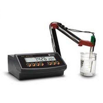 máy đo pH Hanna HI 2211